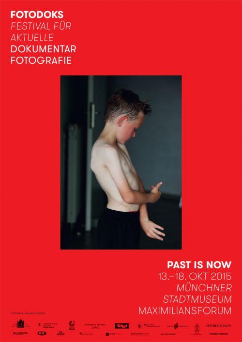 Das Fotodoks-Plakat 2015 (Design: Martin Steiner)